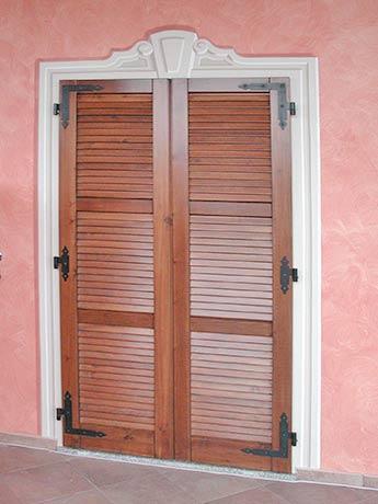 Lavorazioni decori a mano cornici boiserie rosoni trompe l 39 oeil meridiane riproduzioni di - Cornici per finestre esterne prezzi ...
